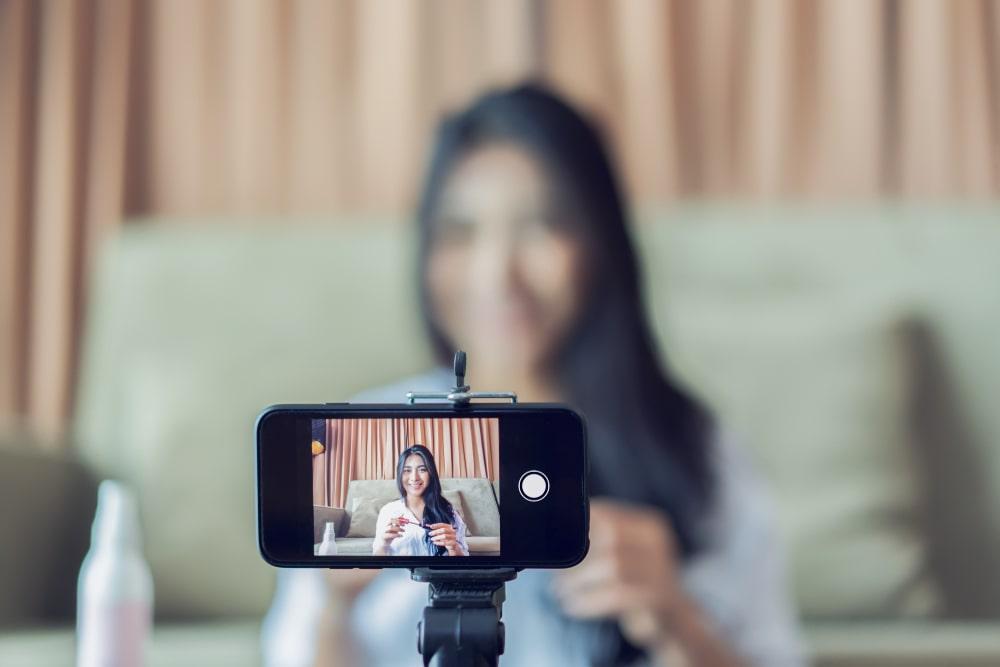 Работа на видеочате для пары ни друзей ни девушки ни работы ни